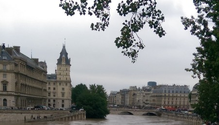 seine level high1